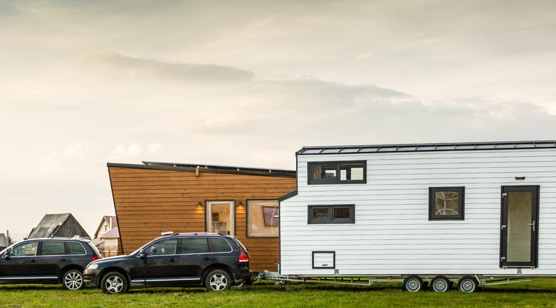 cars-towing-tiny-homes.jpg