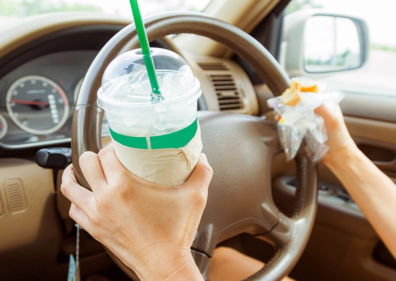 eating and distracted driving